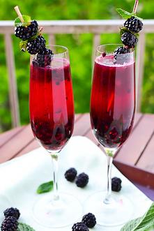 Blackberry Champagne Margar...