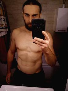 Poranny check formy :) Takie efekty udało mi się wypracować dzięki planom dietetyczno treningowym z Fabryki Siły :) Dzisiaj u nich Black Friday 50% zniżki na wszystkie diety :)