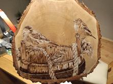 wróble i stare drewniane wi...