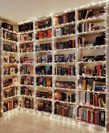 Chcę taką *_* #biblioteczka #książka #regał