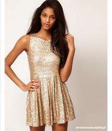 Może któraś z was wie gdzie kupię taka sukienkę? Szukam takiej ale nigdzie nie mogę znaleźć.
