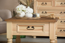 Drewniane meble w kolorze n...