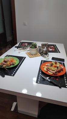 A mój talerz gdzie...? #kot #obiad #niedziela