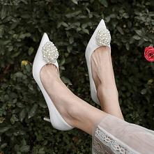 Eleganckie Białe Perła Buty...