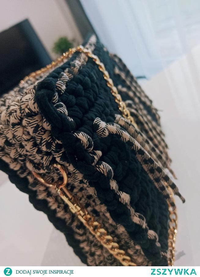 torebka Handmade zapraszam na Facebook: szydełkowe torebki Monika bazarnik #torebka #torebki #dlaniej #naprezent #prezent #handmade