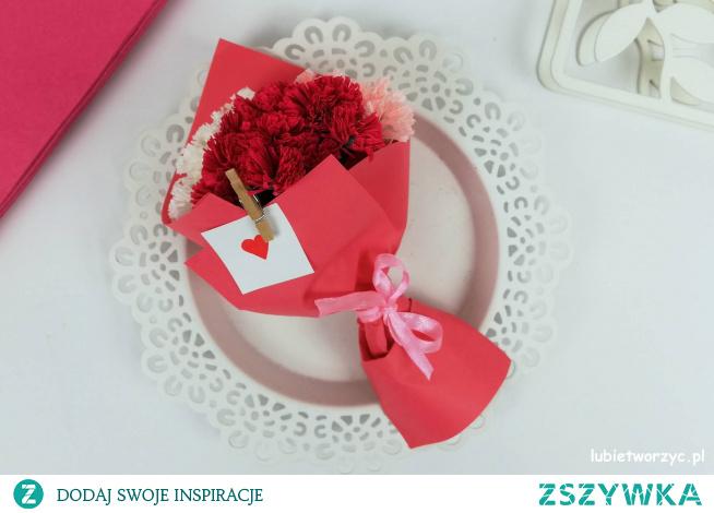Tutorial ukazujący sposób wykonania uroczego bukietu kwiatów z bibuły włoskiej ;)