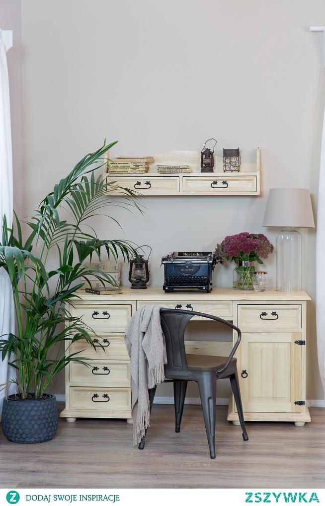 Zestaw woskowanych mebli z litego drewna sosnowego do gabinetu, biura w stylu rustykalnym. #meblewoskowane #drewno #mebledrewniane #regał #biurko #meblezdrewna #wnętrza #aranażacje #gabinet #biuro #meblewoskowane