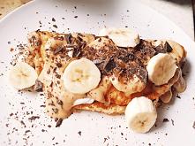 #Omlet z bananem i #sosem z...