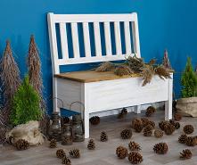 Szyszki są takim elementem dekoracji, że nawet jak położymy je w ozdobnym koszyku, będą tworzyć klimat. To bardzo wdzięczny materiał do przygotowywania ozdób. Doskonale wpisują ...