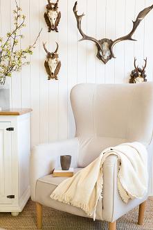 Fotel uszak Chwila odpoczynku i wytchnienia jest niezwykle ważnym aspektem codziennego funkcjonowania. Odrobiny wyciszenia oraz relaksu potrzebuje każdy z nas. Fotel to idealny ...