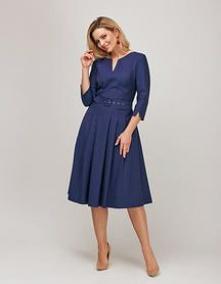 Wychodząc naprzeciw nowoczesnych kobietom sukcesu, oferujemy sukienki biznesowe online i sukienki wizytowe online, pasujące do różnych sytuacji. Kobiety lubią być dobrze ubrane ...
