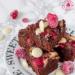 Brownie z białą czekoladą i malinami | Przepisy | Wypieki Beaty #ciasto #brownie #maliny
