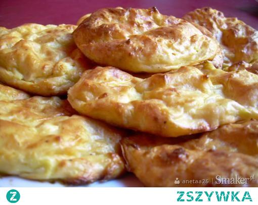placki z cukinii i sera feta pieczone w piekarniku