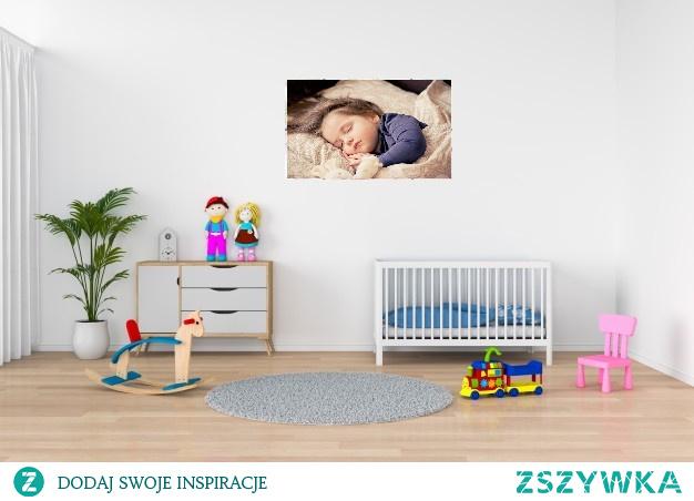 Ciekawym elementem pokoju Waszych pociech mogę być zdjęcia w antyramie. Podoba Wam się taka dekoracja do dziecięcego pokoju?