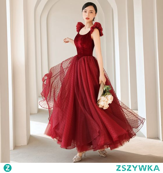 Piękne Burgund Zamszowe Spleciona Sukienki Na Bal 2021 Princessa Kwadratowy Dekolt Bez Rękawów Bez Pleców Długie Bal Sukienki Wizytowe