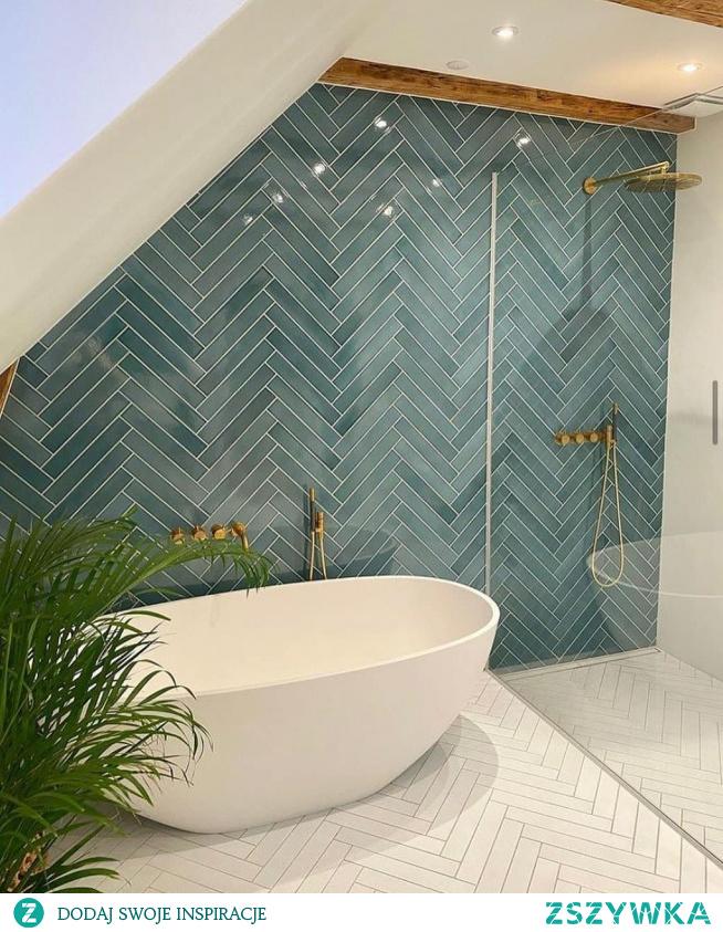 #bath #gold #emerald