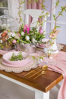 Aranżacja stołu na Wielkano...