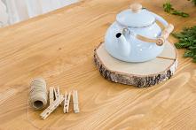 Drewniane białe meble kuche...