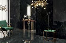 Łazienka glamour w czarnym marmurze ze złotymi akcentami w kolekcji Tubądzin Regal Stone.
