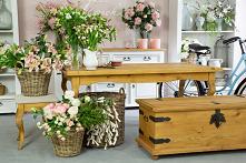 Drewniany regał na książki, rustykalna skrzynia drewniana, stół drewniany w stylu rustykalnym, drewniana komoda rustykalna sosnowa do salonu.  #Meble #komoda #stół #regał #skrzy...