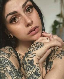 @lizyeubin ... tattoo, pier...