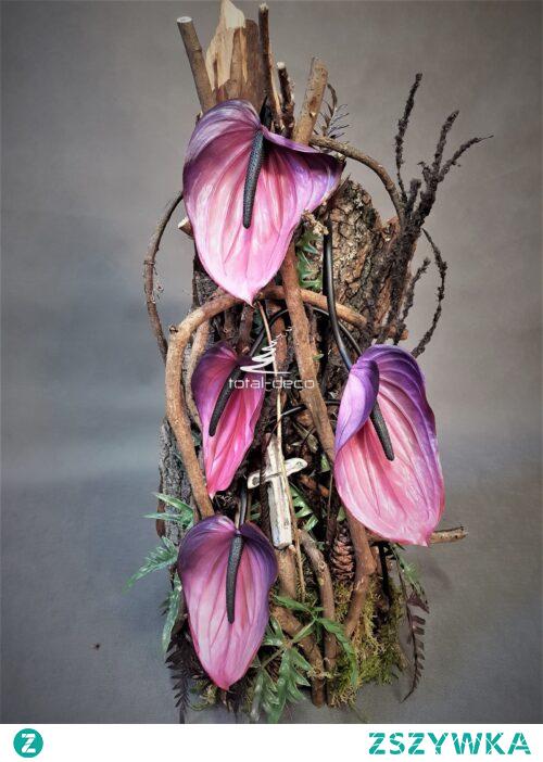Rustykalna kompozycja kwiatowa na cmentarz od totaldeco.pl