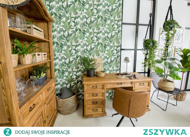 Drewniane biurko, regał, konsola do jadalni, stolik. #Dodatki #Meble #Stylizacja #stolik #biurko #Salon #Wystrójwnętrz #Wnętrze #wiosna #kwiaty #stół