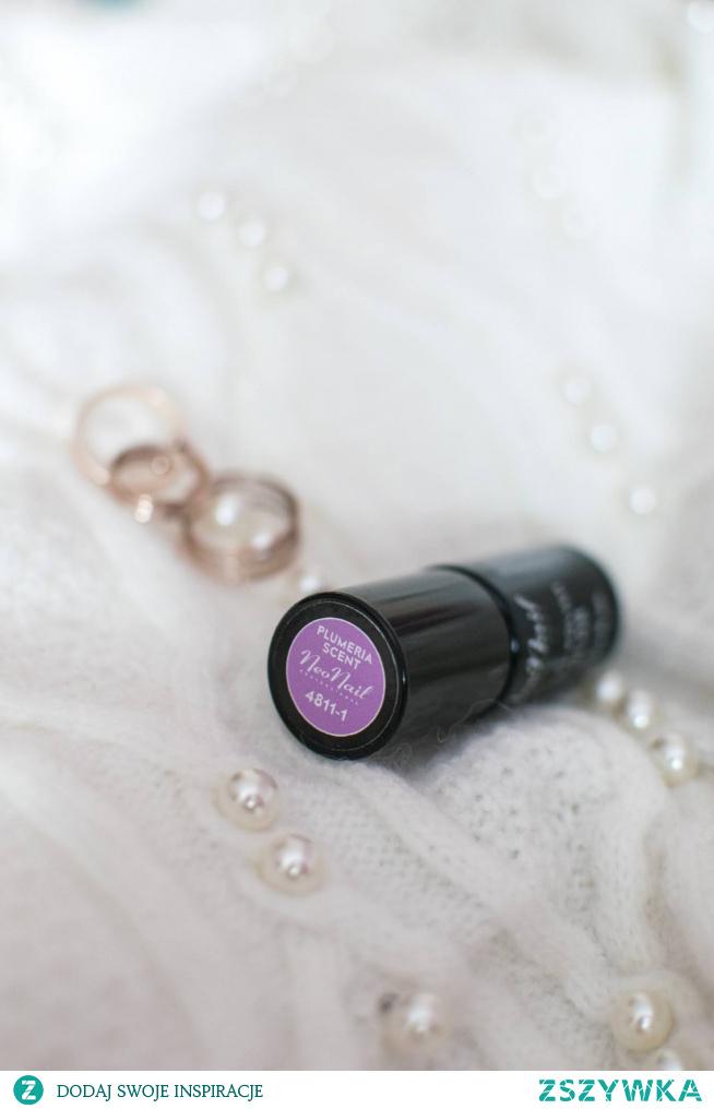 Neonail, Plumeria Scent - rozbielony fiolet idealny na wiosnę! Swatche na paznokciach po kliknięciu w zdjęcie.