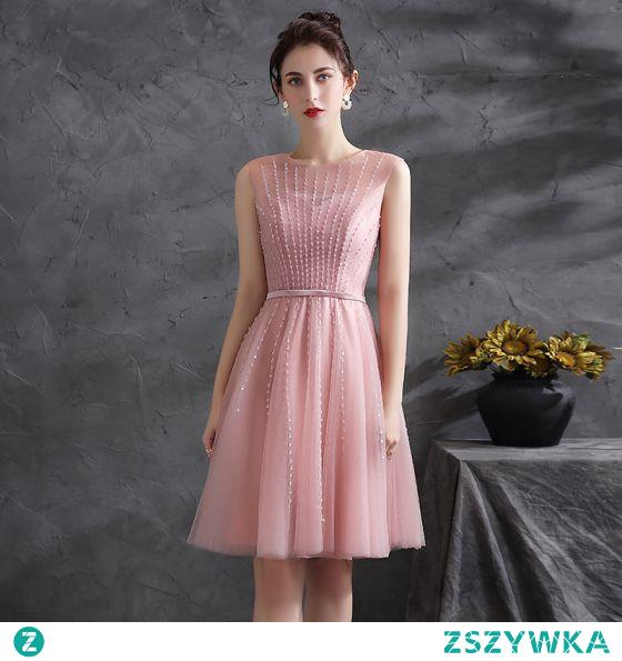 Piękne Rumieniąc Różowy Cekiny Sukienki Koktajlowe Strona Sukienka 2021 Princessa Wycięciem Bez Rękawów Szarfa Długość do kolan Koktajlowe Sukienki Wizytowe