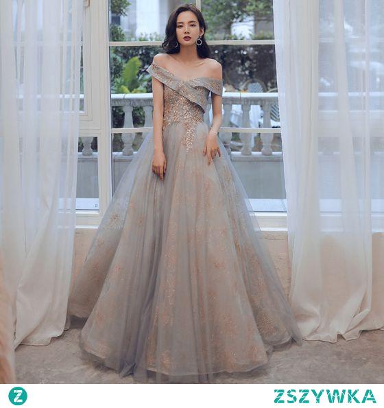 Moda Szary Złote Sukienki Na Bal 2021 Princessa Przy Ramieniu Cekiny Z Koronki Kwiat Kótkie Rękawy Bez Pleców Długie Bal Sukienki Wizytowe