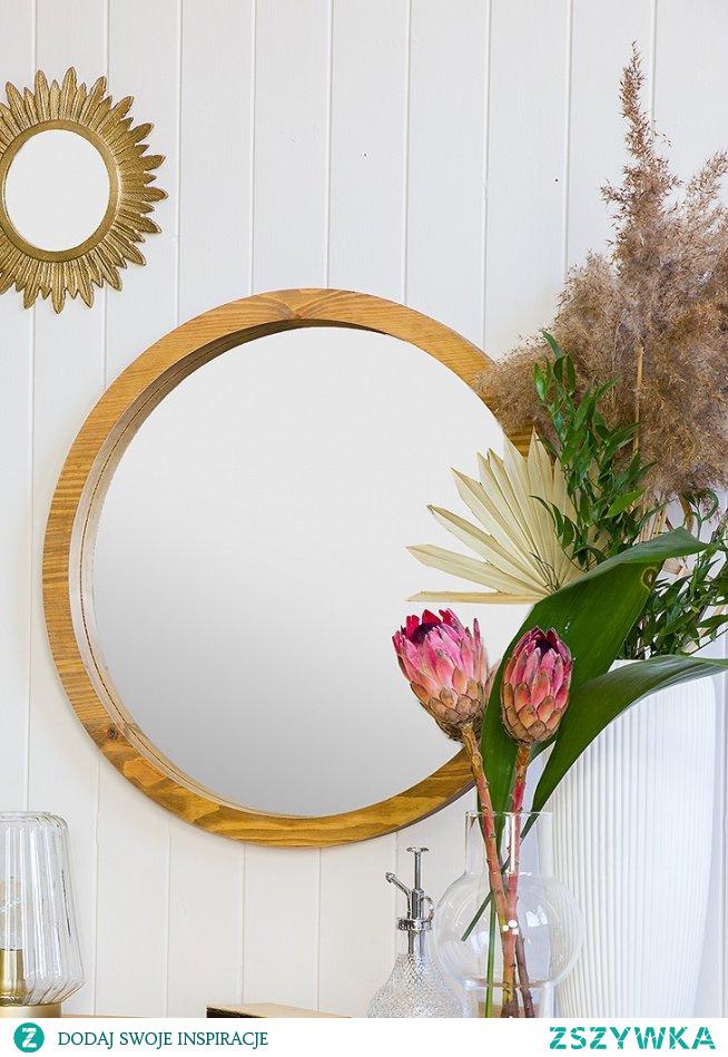 #Salon #Stylizacja  #toaletka #sofa #lustro #glamour #Wystrójwnętrz #Wnętrze #Meble #Sypialnia #Dom