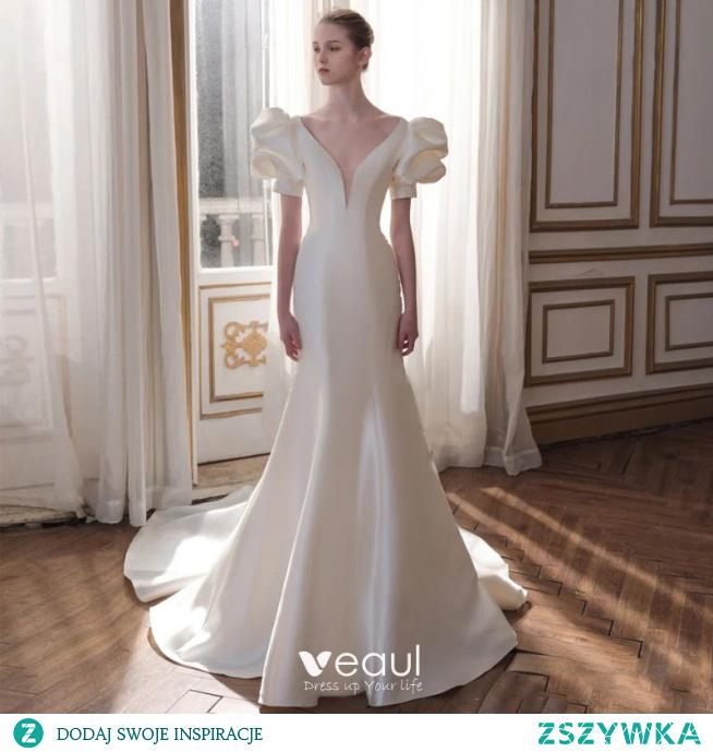 Moda Kość Słoniowa Satyna Suknie Ślubne Sukienki Wieczorowe 2021 Syrena / Rozkloszowane V-Szyja Bufiasta Kótkie Rękawy Bez Pleców Trenem Sąd Ślub