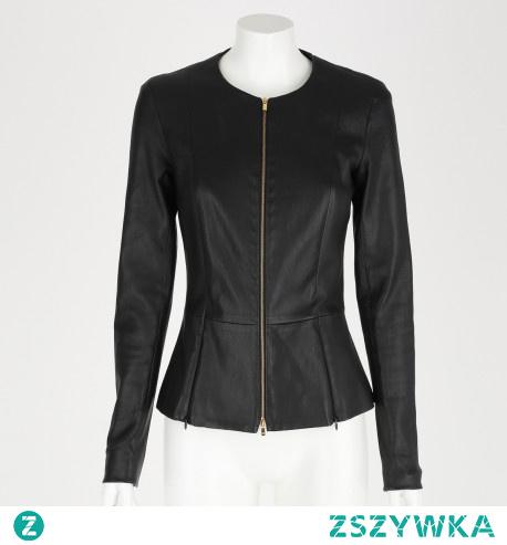 The Row ubrania charakteryzują się elegancją, stylem i gustem.