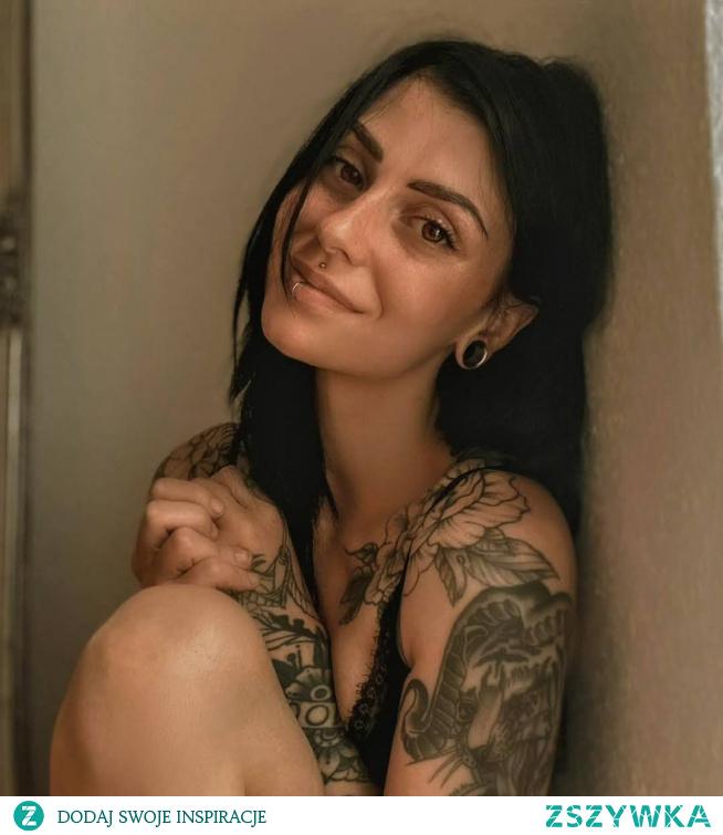 @lizyrubin <3 smile *_*