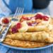 Zdrowe naleśniki z 2 składników.  Składniki:    jajka (oznaczone 0 lub 1)*, 20 g budyniu waniliowego, olej kokosowy (do usmażenia naleśników).  Dodaj tyle jajek, ile potrzebujesz. W tym przepisie na zdrowe naleśniki użyto 8 jajek.   Przygotowanie:   Wbij jajka do miski i dodaj do nich budyń.  Zmiksuj składniki blenderem lub mikserem, aż do otrzymania jednolitej masy bez grudek.  Rozgrzej olej kokosowy na patelni. Wlej porcję masy na patelnię i smaż z obydwu stron. Smacznego :)