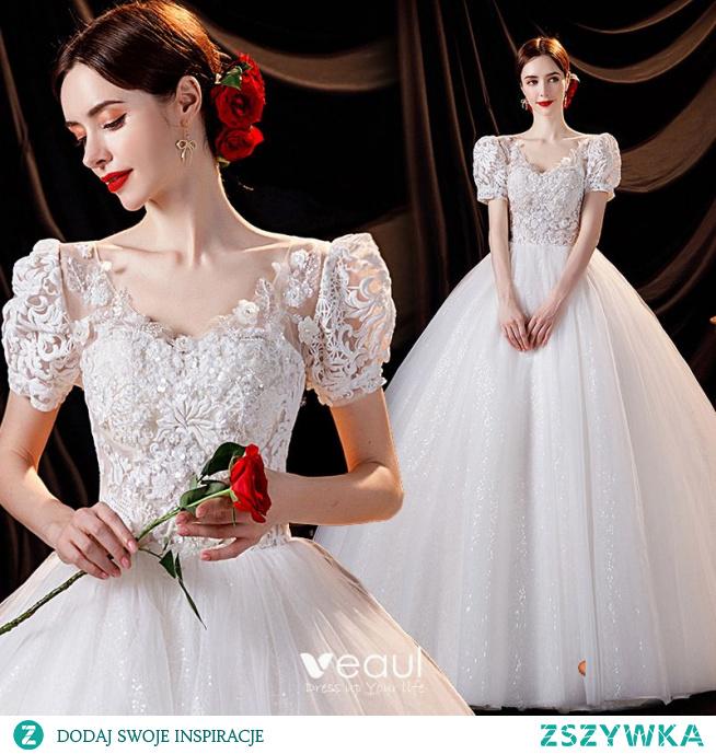 Uroczy Kość Słoniowa Frezowanie Suknie Ślubne 2021 Suknia Balowa V-Szyja Z Koronki Kwiat Aplikacje Cekiny Kótkie Rękawy Bez Pleców Długie Ślub