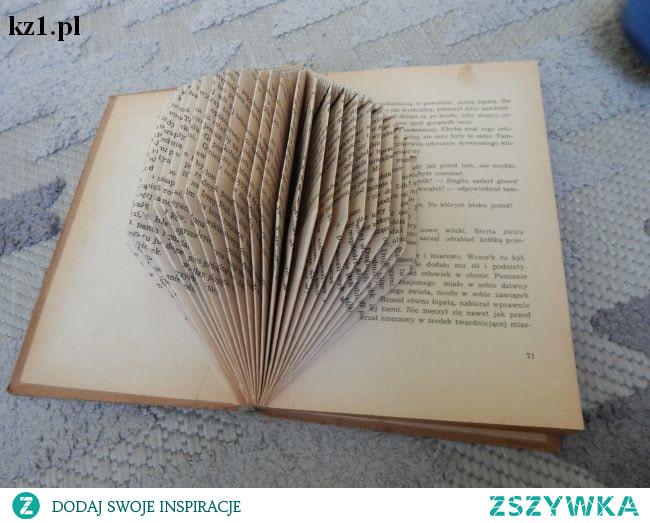 Co zrobić ze starymi, niekompletnymi książkami? Jak je wykorzystać, żeby ich nie wyrzucać?