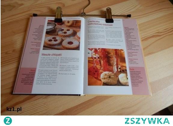 Podkładka wisząca do książki kucharskiej. Podkładka z wieszaka na książkę - ułatwienie podczas przygotowania posiłków.