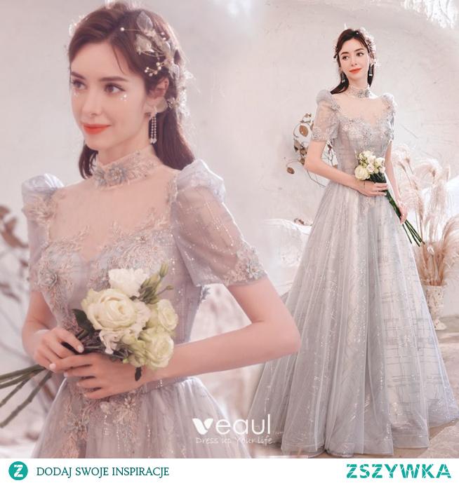 Piękne Srebrny Z Koronki Kwiat Sukienki Na Bal 2021 Princessa Wysokiej Szyi Frezowanie Perła Rhinestone Cekiny Kótkie Rękawy Bez Pleców Długie Sukienki Wizytowe