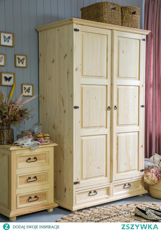 Dwudrzwiowa szafa sosnowa w stylu rustykalnym do sypialni.