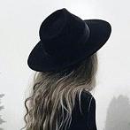 Okładka kapeluszowo
