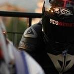Okładka zawrotna prędkość-motocykle